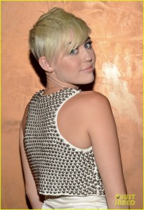 miley-cyrus-jordin-sparks-city-of-hope-gala-performers-06