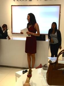 Pamela Chiriboga, coordinadora de Marketing y Visual Merchandising de Nine West, hablando acerca de lo que implica esta renovación de la marca.