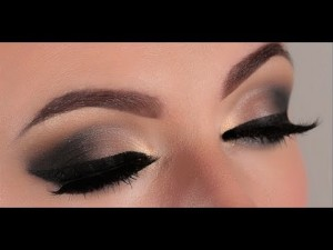 Foto tomada de : Smouldering smokey eye www.youtube.com